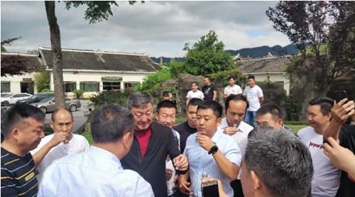 韩磊老师参观领匠酒业